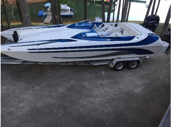2004 Eliminator Boats Daytona