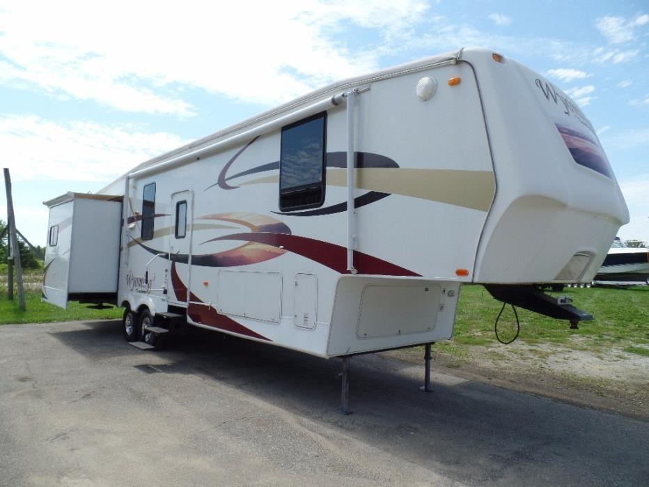 2008 Coachman Wyoming 338RLQS