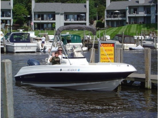 2005 Wellcraft Fisherman 180