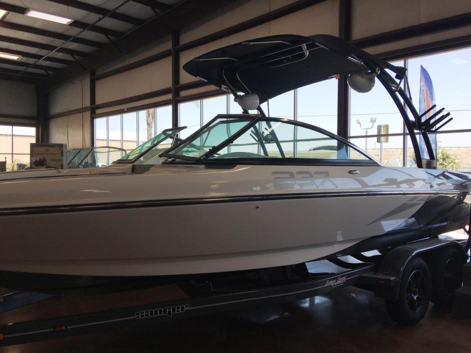 2016 Sanger Boats 237 SX