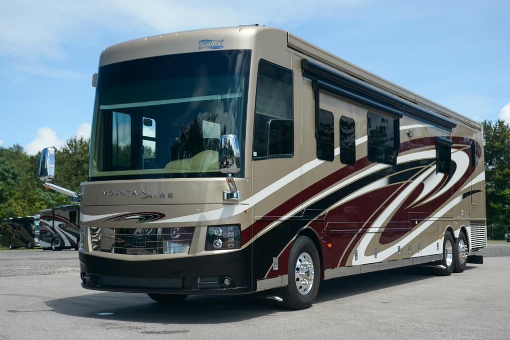 2016 Newmar Mountain Aire 4553