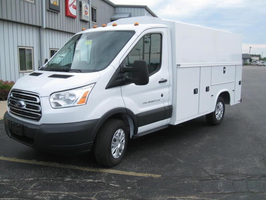 2016 Ford Transit 250  Contractor Truck