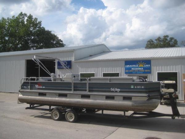 1991 Sun Tracker Party Barge 24 DL