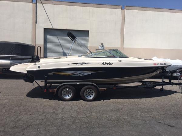 Rinker 212 Captiva Bowrider Boats for sale