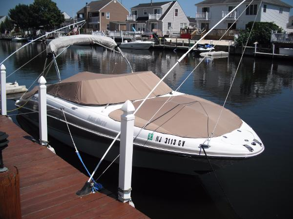 2004 Four Winns 250 Horizon Bowrider