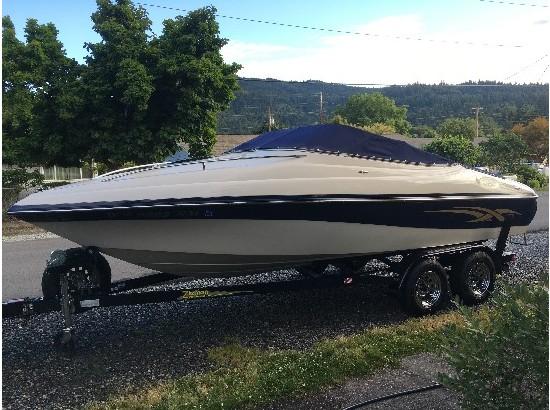 2004 Milan Sportboats 210