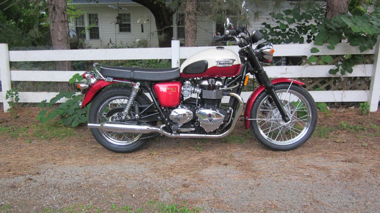 triumph bonneville t100 motorcycles for sale in rockford illinois. Black Bedroom Furniture Sets. Home Design Ideas