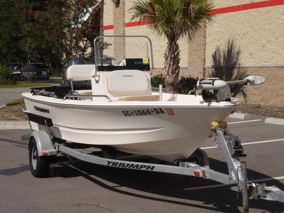 2012 TRIUMPH BOATS Fishing Boat 170 CC
