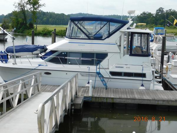 1994 CARVER YACHTS 370 AC