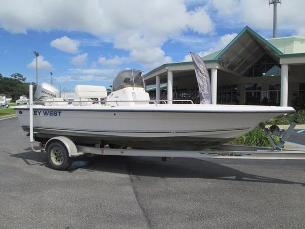 2000 Key West 196 Bay Fisher