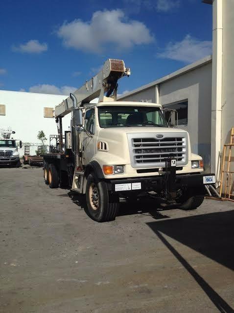 2006 Sterling Lt9500 Crane Truck