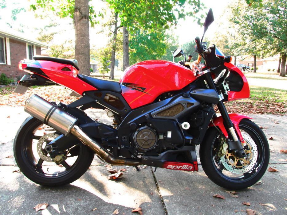 2004 Aprilia TUONO 1000 R