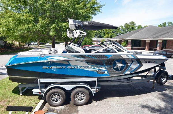 2013 Nautique Super Air Nautique G23 Coastal Edition