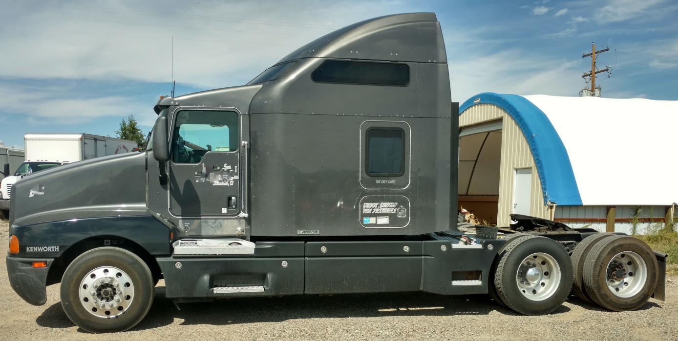 2007 Kenworth T600  Conventional - Sleeper Truck