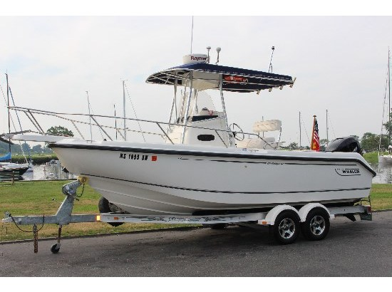 1999 Boston Whaler 21 Outrage (VERADO POWERED!)