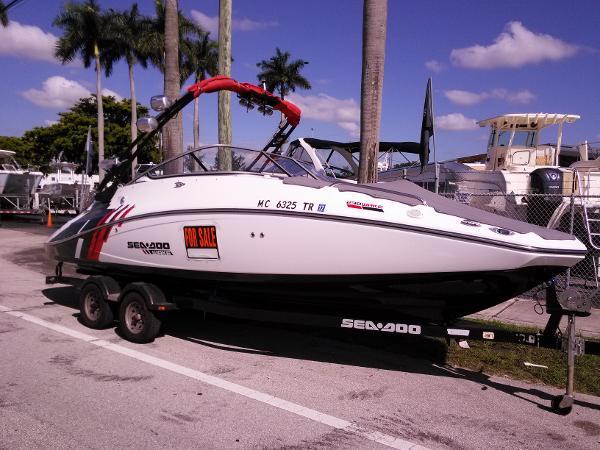 2012 Sea-Doo Sport Boats 230 Wake