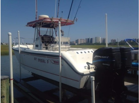 2001 Boston Whaler 260 Outrage