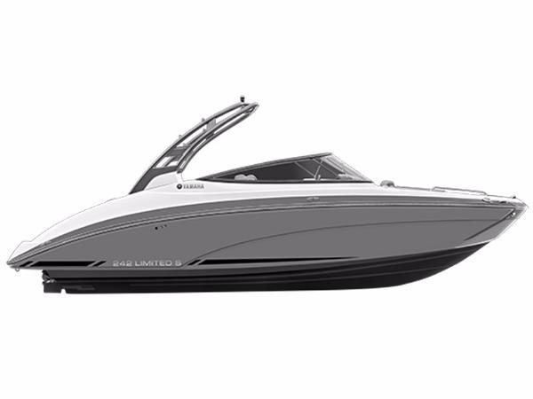 2016 Yamaha Marine 242 Limited S