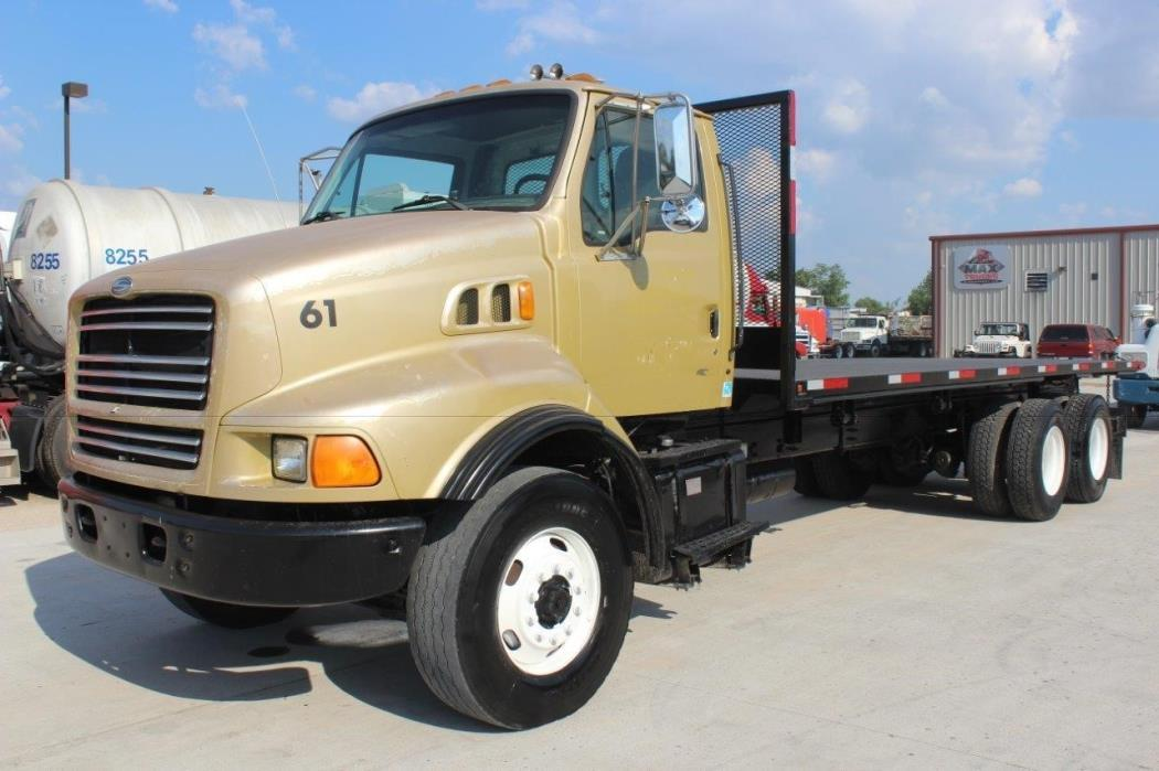 2000 Sterling Lt8500  Flatbed Truck