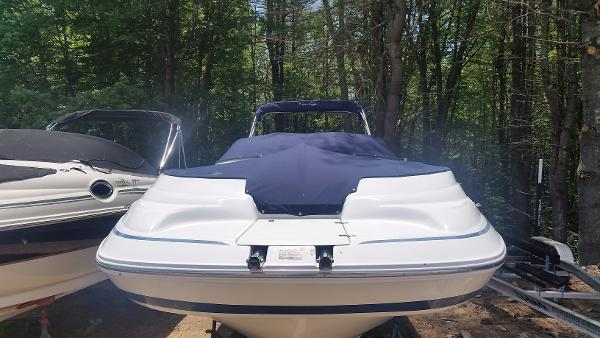2001 Chris-Craft 262