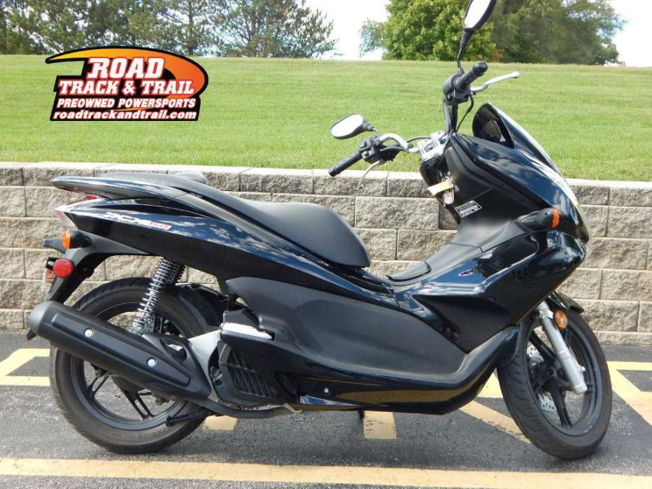 2012 honda pcx 150 motorcycles for sale in wisconsin. Black Bedroom Furniture Sets. Home Design Ideas