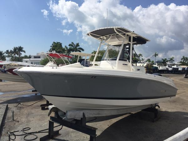 2016 Wellcraft 232 Fisherman