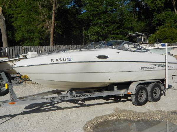 2004 Stingray 200CS