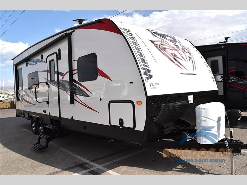 2017 Winnebago Industries Towables Spyder 24FQ