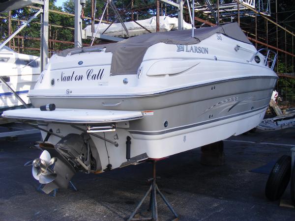 2008 Larson 240 Cabrio