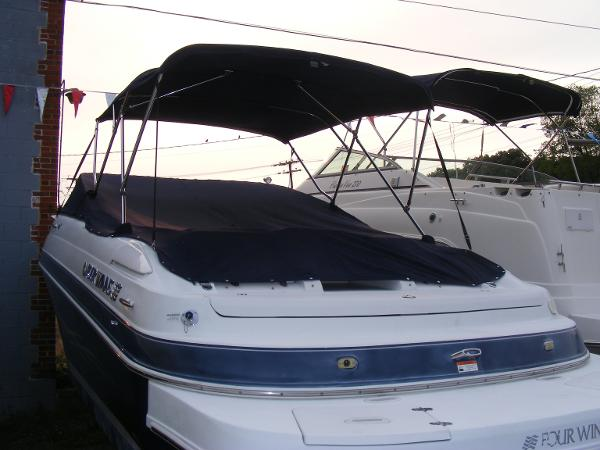 2005 Four Winns Sundowner245