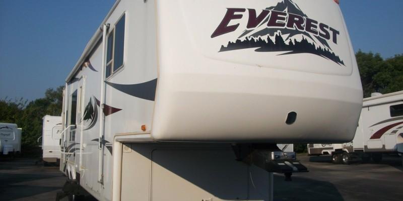 2004 Keystone Everest 293P