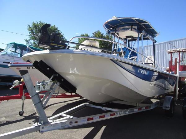 2014 Carolina Skiff DLV Series 218