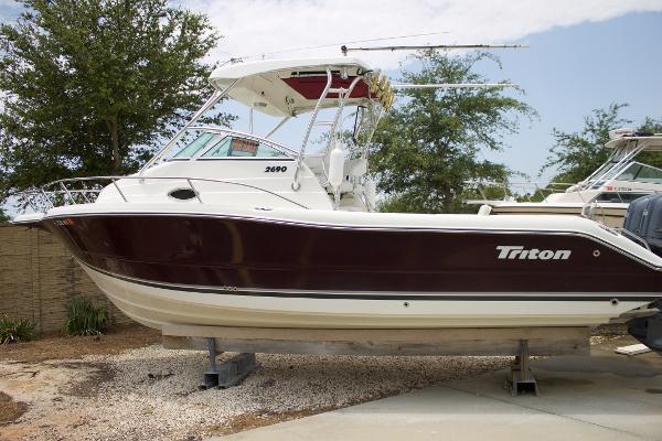 2005 Triton 2690 WA