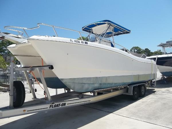 1999 World Cat 266 SF / 2007 SUZUKI FOURSTROKES