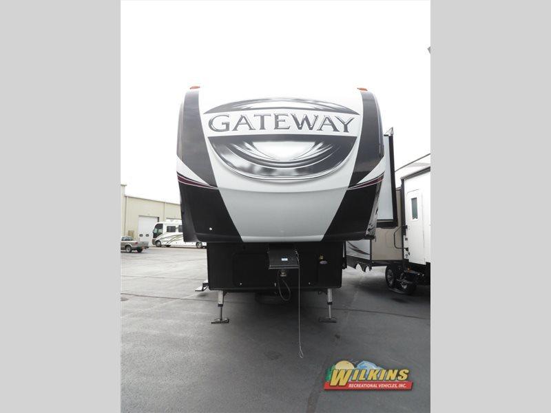 2017 Heartland Gateway 3800RLB