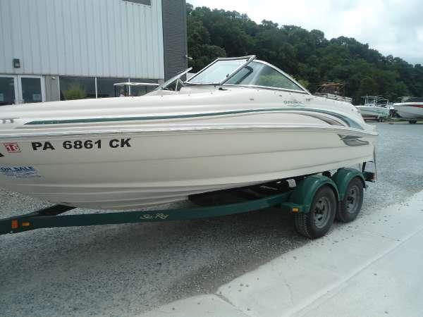 2001 Sea Ray 190 SD