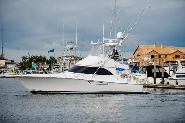 2012 Viking Yachts 42 Convertible