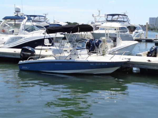 2012 Boston Whaler 18 Dauntless
