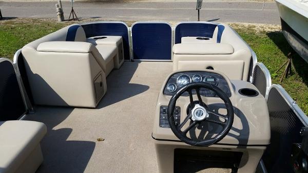 2014 Weeres Cadet Cruise 200 number 6