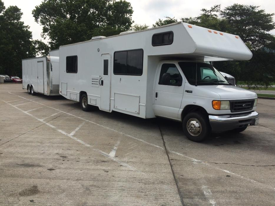 2005 Thor Motor Coach FOUR WINDS MAJESTIC