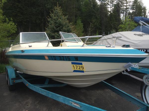 1986 Seaswirl 202 Spyder