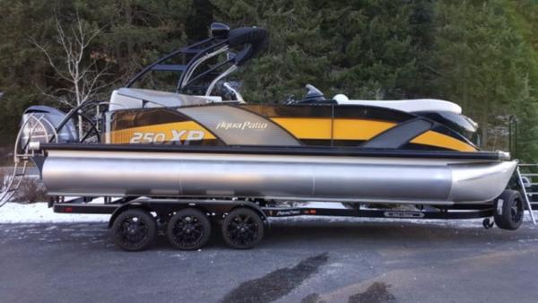 Aqua Patio 250 Express Boats For Sale