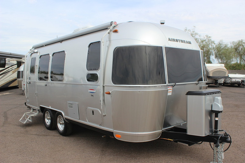 2017 Airstream International Signature 23FB
