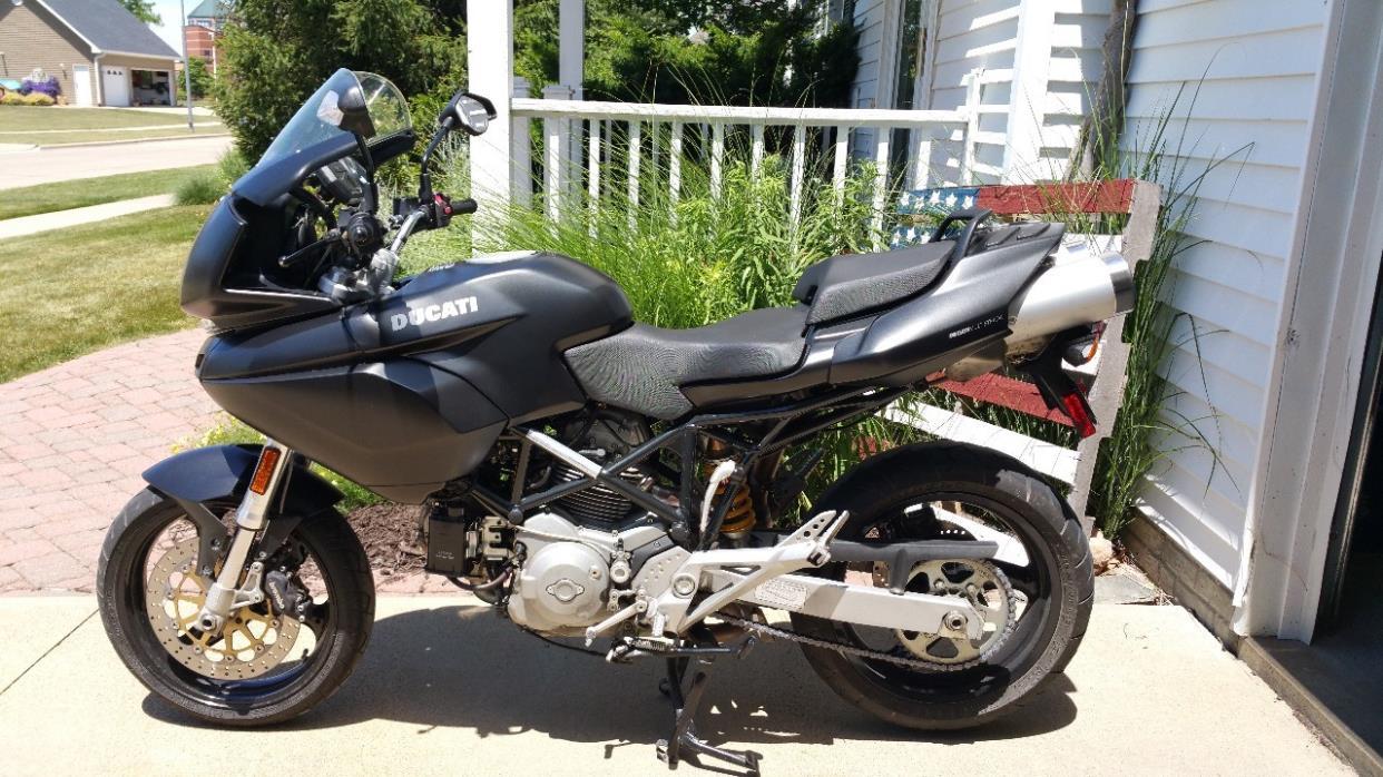2000 Ducati SUPERBIKE 748 R