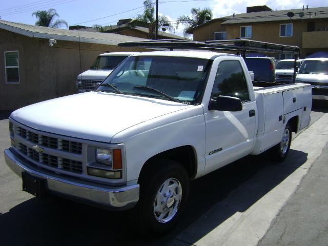 1999 Chevrolet C2500 Landscape Truck