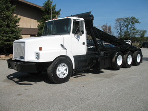 1991 White Gmc Wg64 Roll Off Truck