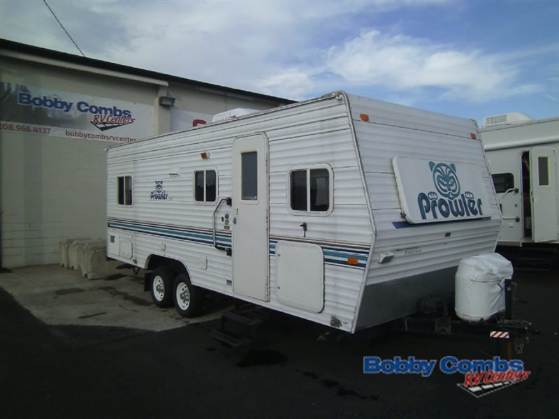 2002 Fleetwood Rv Prowler 23 W