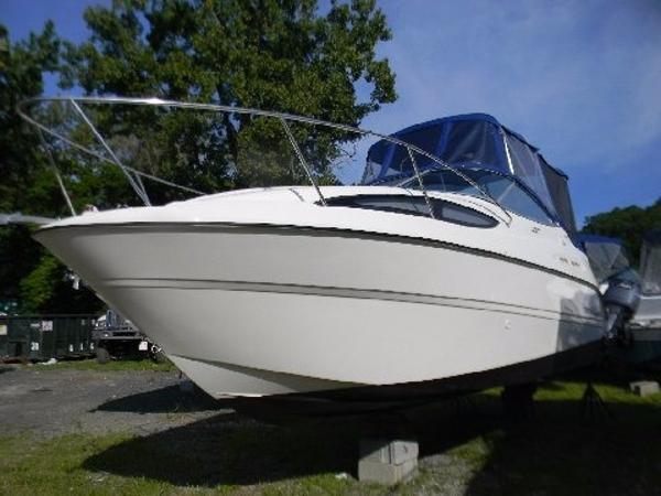 2011 Bayliner 245 SB Cruiser