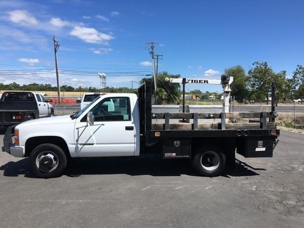 2000 Chevrolet 3500 Crane Truck