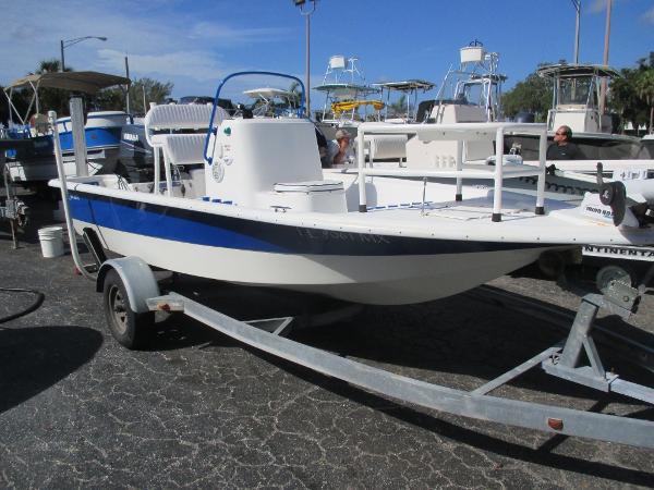 2004 Bay Stealth 173 Bay Boat